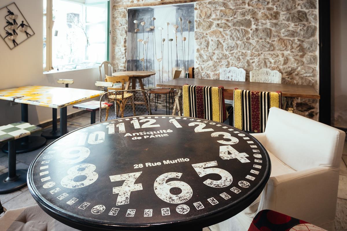 καφετεριες ναυπλιο - Adiandi Cafe